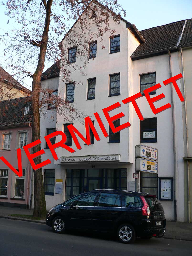 Gut geschnittene Praxis- oder Büroetage im 1. OG in zentraler Lage von Krefeld, Nähe Amtsgericht